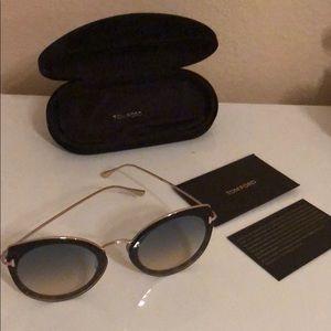 ✨ Tom Ford Sunglasses ✨